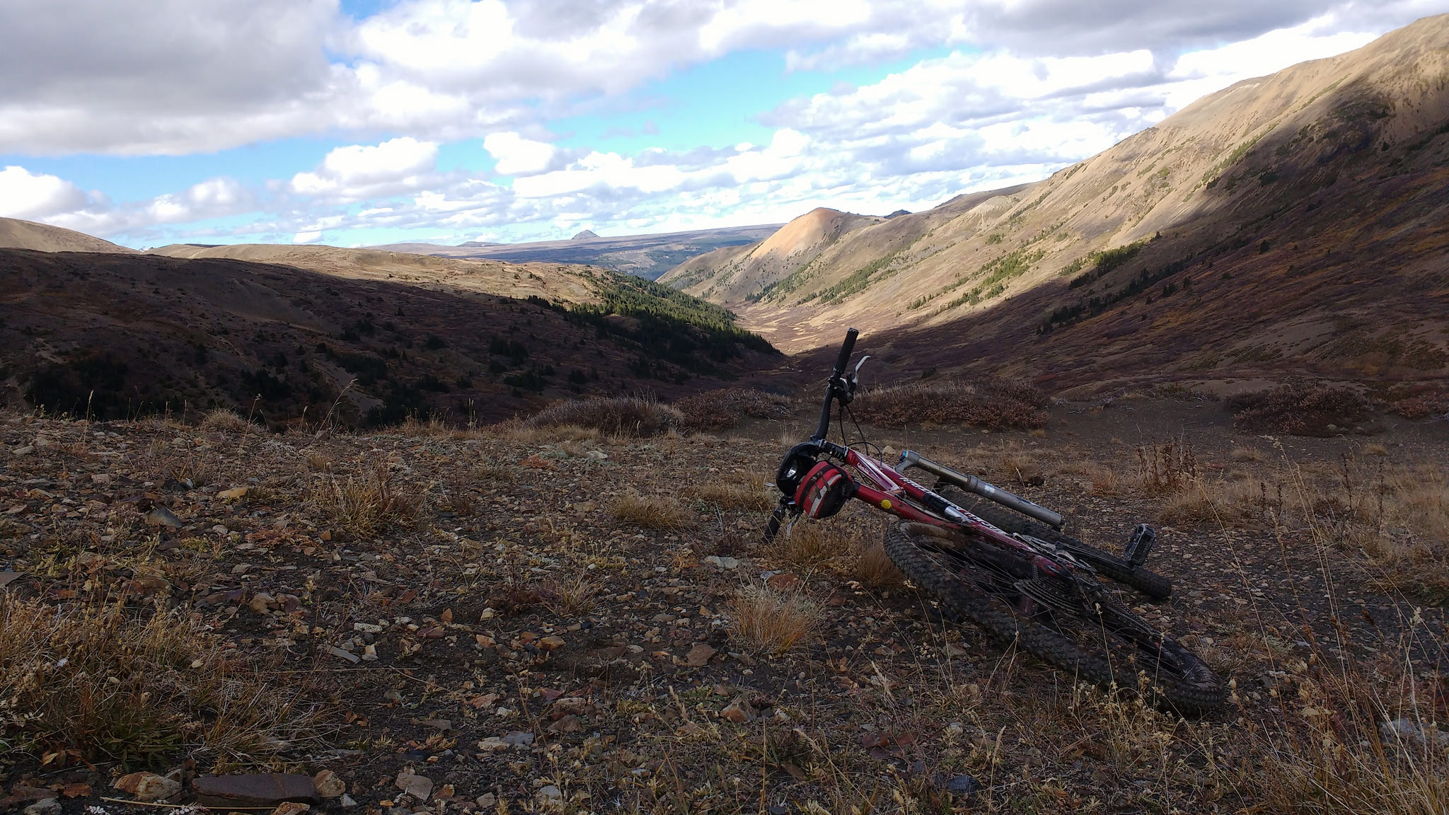 bike at the top of Little Graveyard Pass